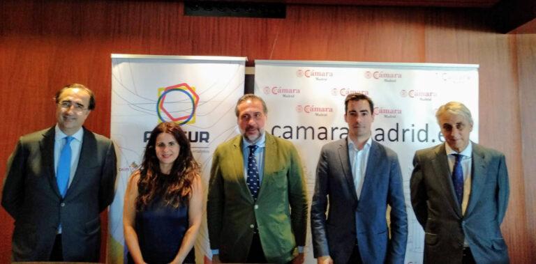 Firma Acuerdo Colaboración AEFSUR y Club Cámara Comercio
